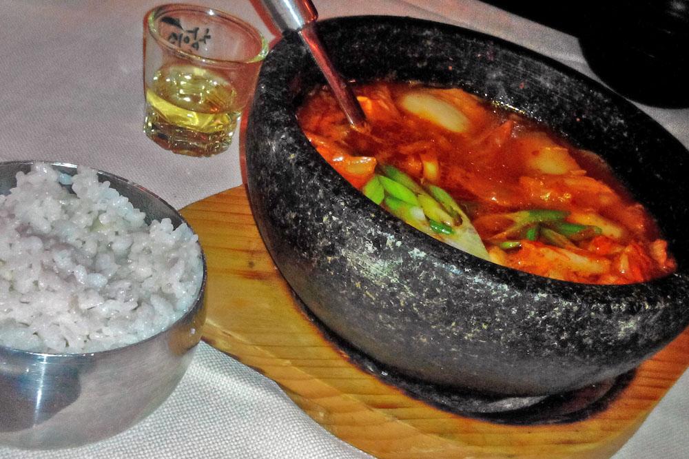 Kimchi stew - Hana Ristorante Coreano Milano